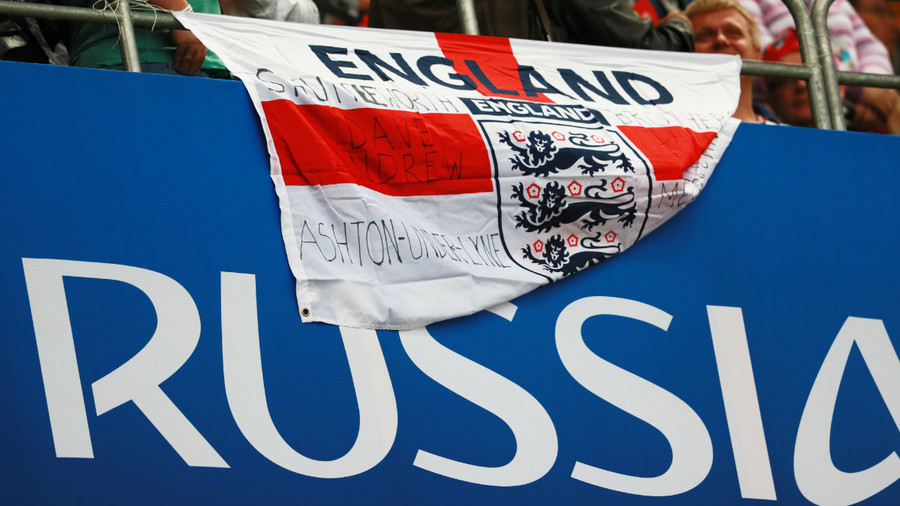'Expectations v reality': England fans debunk fears of hostile Russian World Cup welcome (VIDEO)
