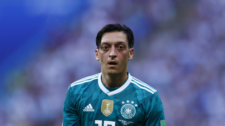Ozil still owes fans explanation about Erdogan meeting – German FA chief