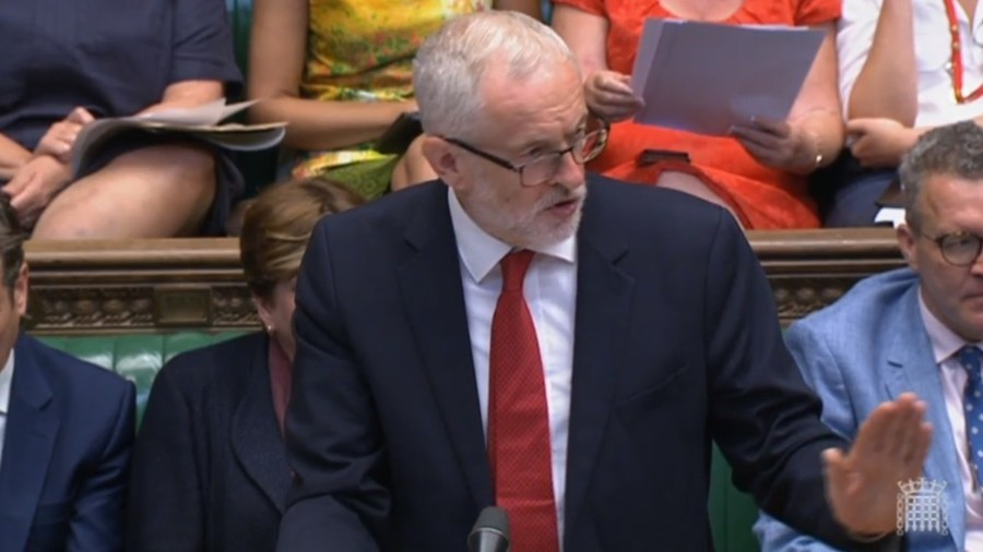 Corbyn says May is incapable of Brexit deal following Johnson exit (VIDEO)