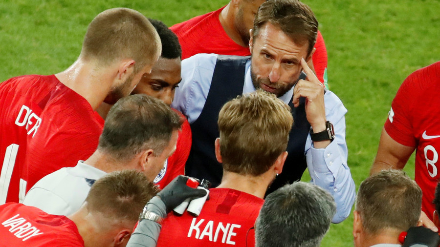 Did England attempt to score while Croatia celebrated second goal?