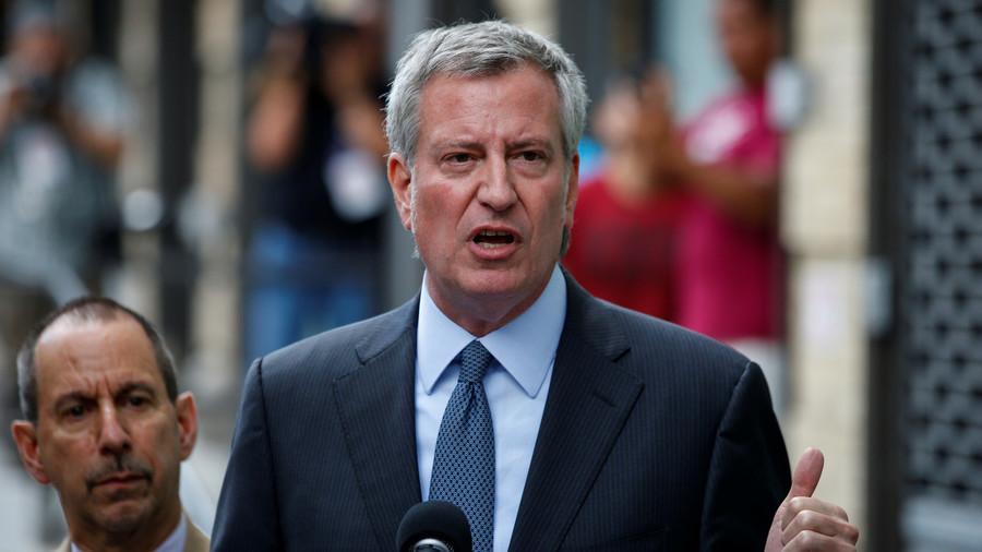 NYPD 'cleared' Mayor De Blasio's flight home on $3m spy plane