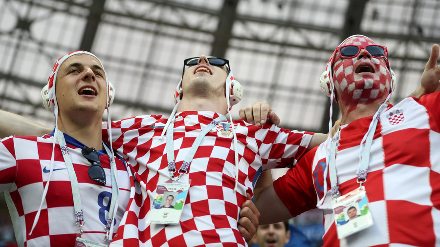 Entire Croatian cabinet celebrates World Cup semi win by wearing team jerseys (VIDEO)