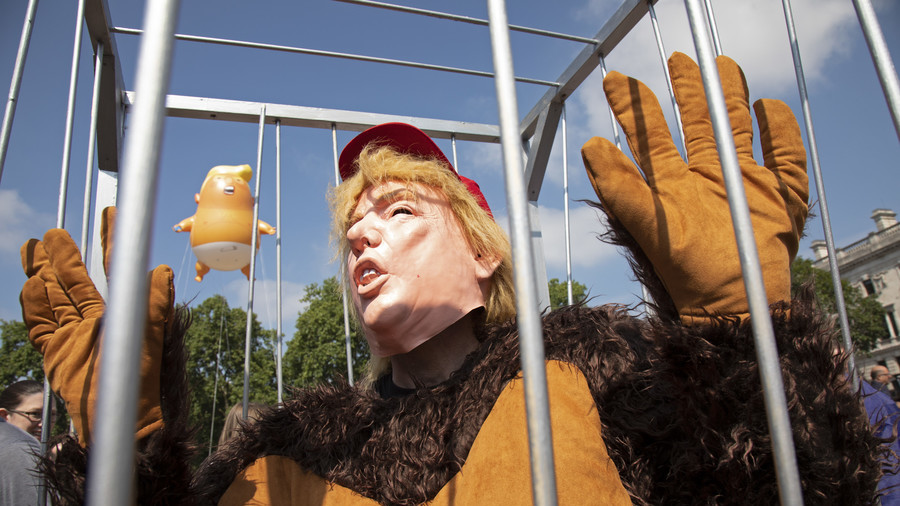 From drag queens to Daleks: Trump impersonators steal show at London protests (PHOTOS, VIDEOS)
