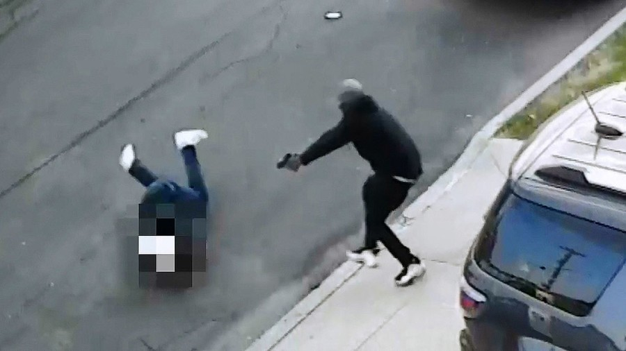 New York mafia man miraculously survives point-blank range assassination attempt (VIDEO)