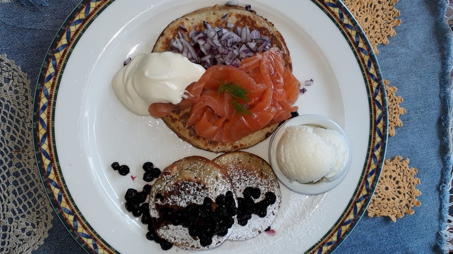 Sweet as salt: Finnish cafe braces for Helsinki meeting with 'Trumputin' fusion pancakes