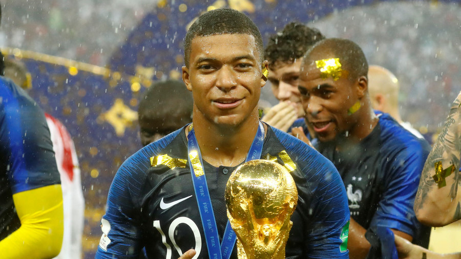 'I will dust off my boots': 77yo Pele hints at comeback as Mbappe equals record