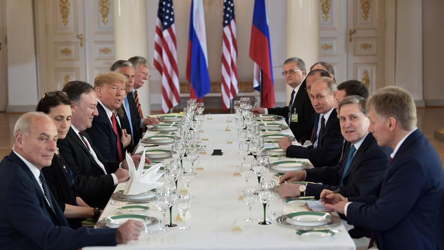 Get a sneak peek inside Helsinki palace kitchen as it preps lunch for Putin & Trump (VIDEO)