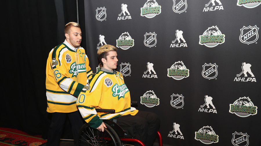 Paralyzed ice hockey player returns to action 3 months after horrific crash