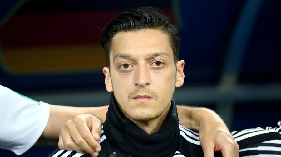 Erdogan Calls Ozil, Hails Decision To Quit German Team