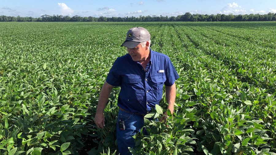 Trade war bailout: Trump promises $12bn in emergency aid to US farmers