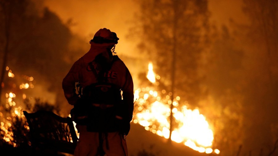 'Firenado' flames lick roadside as emergency services battle California blaze (VIDEO)