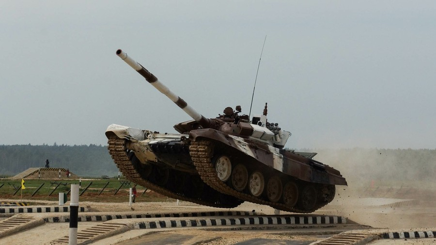 Tank biathlon: Spectacular war machine challenge kicks off on first day of Intl Army Games (VIDEO)