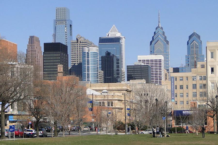 Burst water main floods Philadelphia's historic Center City (VIDEO)