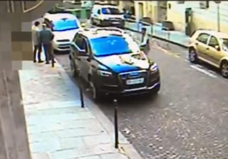 Real-life GTA: Daring thief seizes IDF attaché's car with secret files inside (VIDEO)