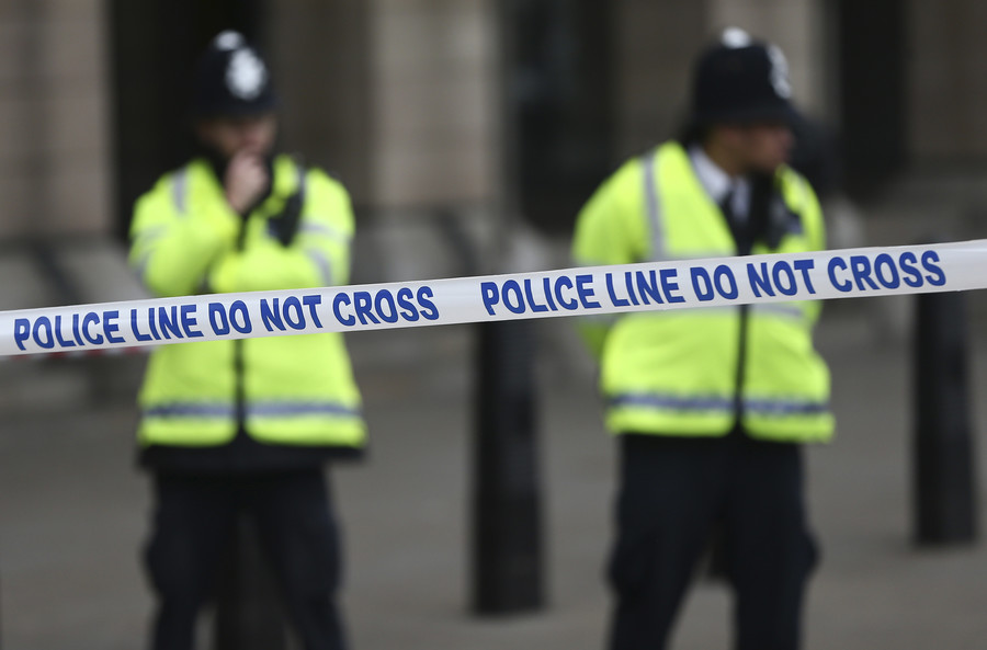 'Major incident' near Salisbury as 2 checked for 'unknown substance' exposure – police