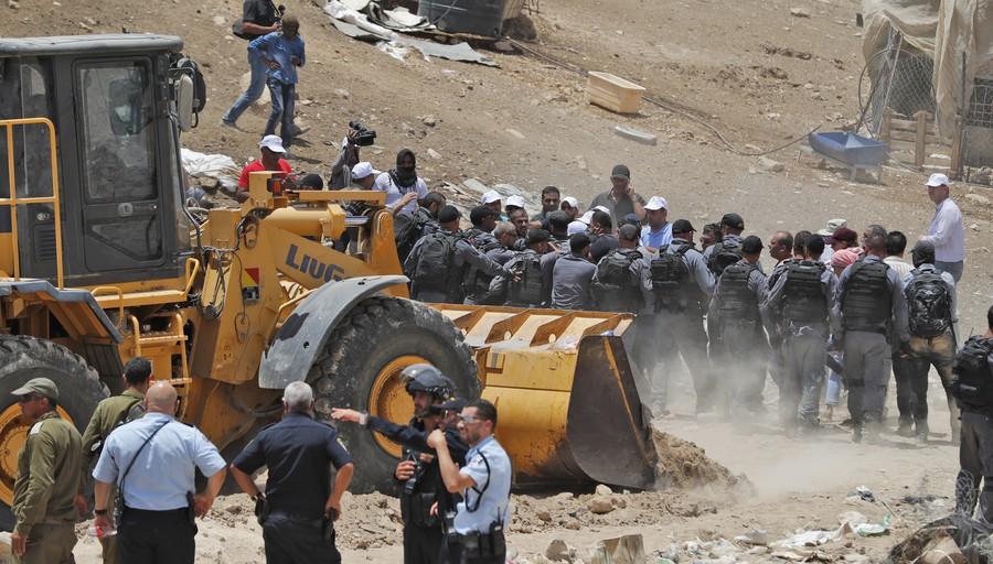 EU, UN & rights groups condemn Israel's plan to bulldoze West Bank Bedouin village