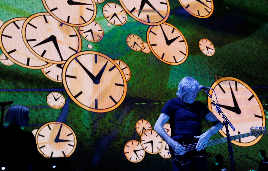 'Trump is a pig': Roger Waters takes aim at US president in Hyde Park show (PHOTOS)