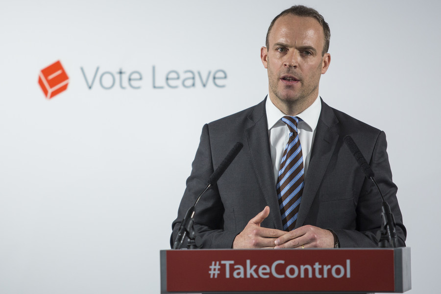 'Absolute chaos': Brits poke fun at Davis' Brexit tenure as 'dinosaur' Raab steps in