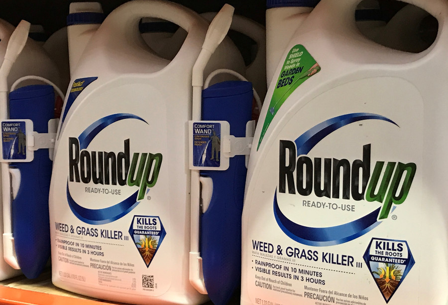 Monsanto accused of 'fraud & bullying' during court hearing on 'probably carcinogenic' weed killer