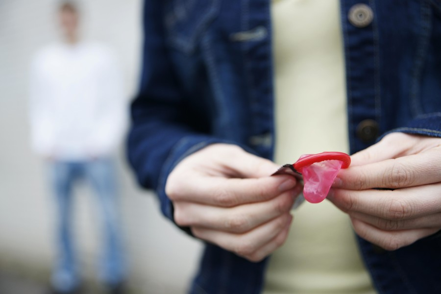 'Pack those condoms': Sex health docs warn rare STI could become 'superbug'