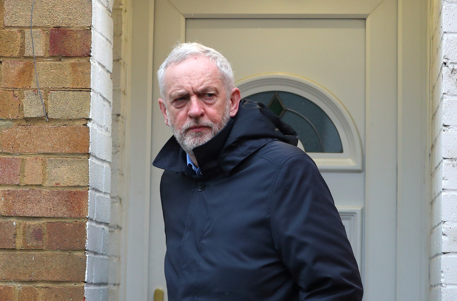 Corbyn hits out at 'rolling of red carpet' for Trump while he 'tramples on basic human rights'