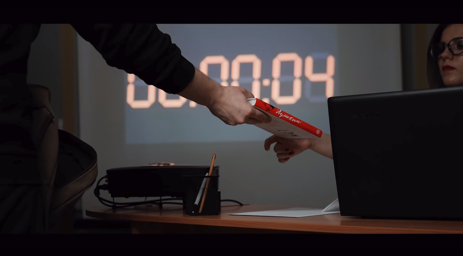 Russian library shoots 'action movie,' urging readers return books on time (VIDEO)
