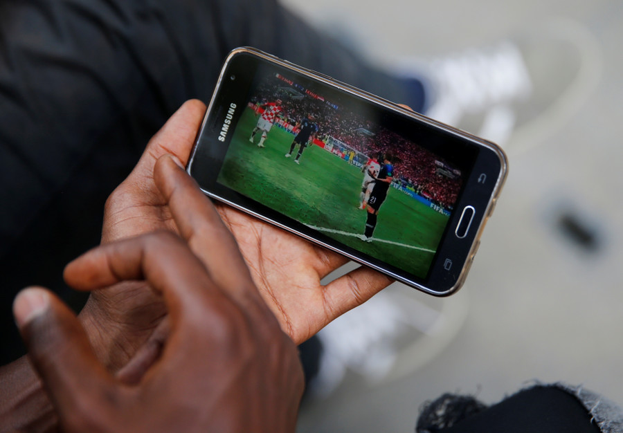 Performance anxiety? Fans swap Pornhub for football during World Cup final