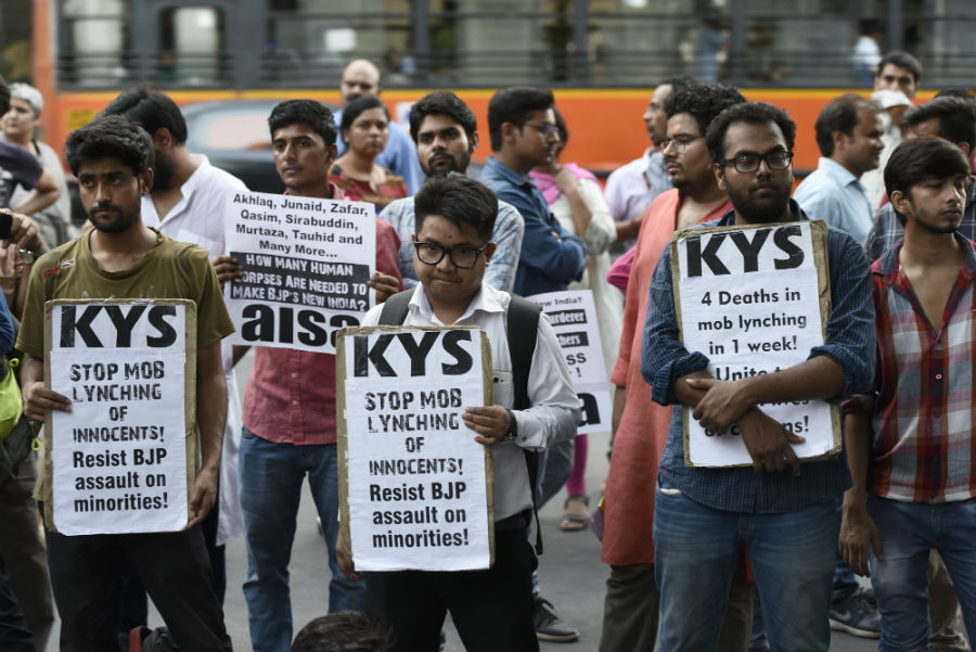 When fake news kills: India's top court and WhatsApp aim to fight mob violence over false rumors