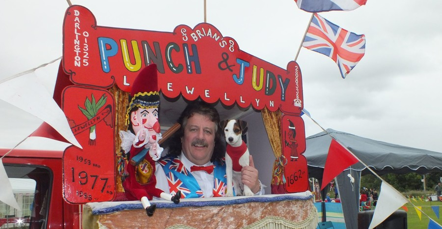 Entertainer takes swing at 'PC culture' as Punch & Judy gets boot for domestic violence