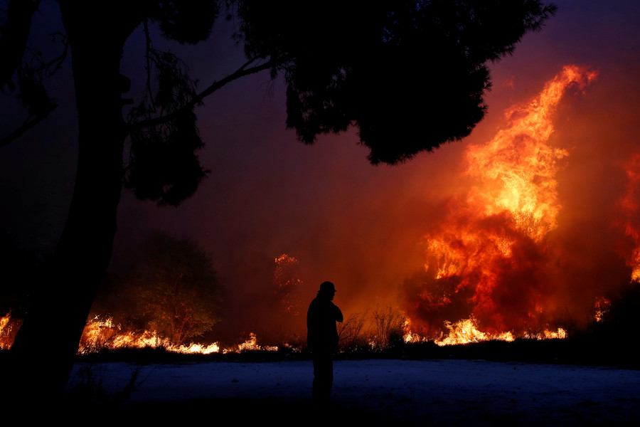 74 killed, 180+ injured by wildfires in Greece, authorities ask EU for help