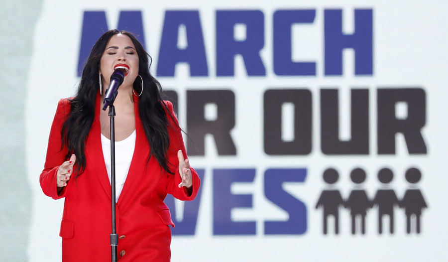 Singer Demi Lovato rushed to LA hospital for 'heroin overdose' – reports