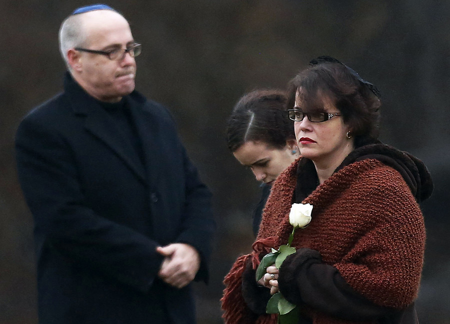Facebook fails to stop aggression from Sandy Hook conspiracy theorists, say parents