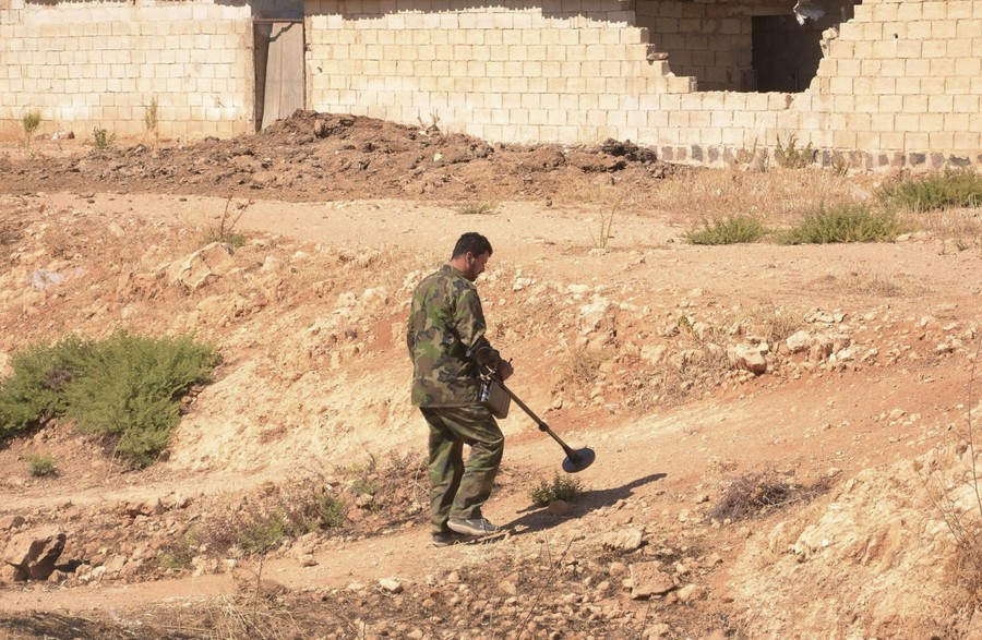 Russian Emergencies Ministry to join Syria landmine clearance operation