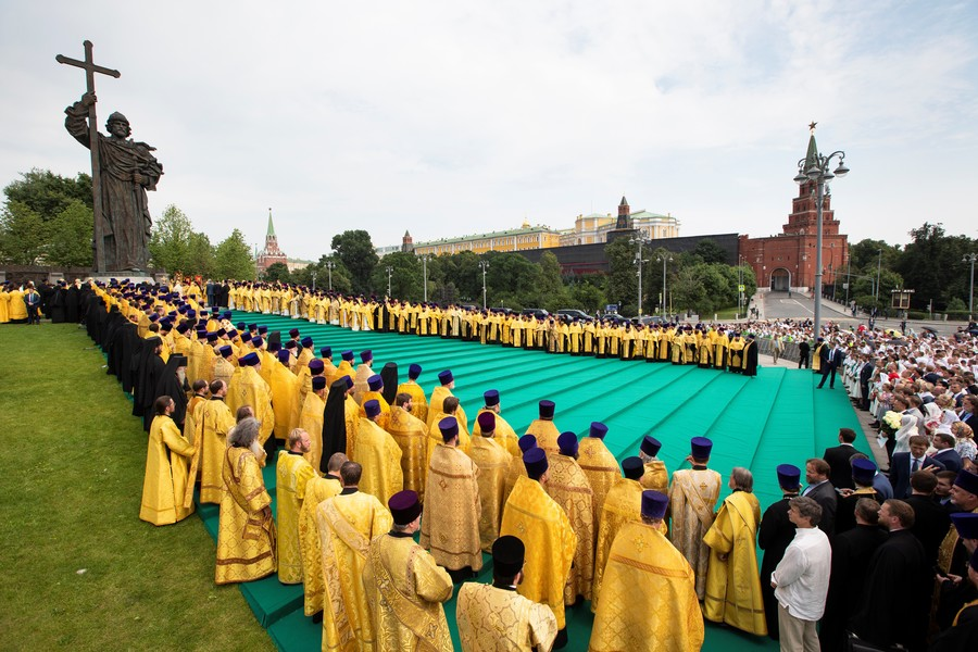 Russia, Ukraine & Belarus mark 1,030 years since ancestors adopted Christianity (PHOTO, VIDEO)