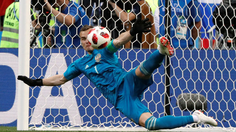 'Akinfeev for president!' Compliments fly for Russia shootout savior Akinfeev