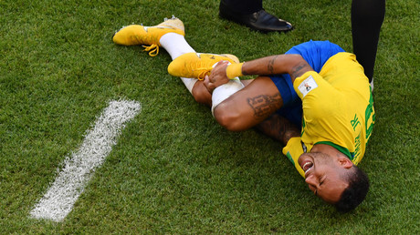 'Give him an Oscar': Latest Neymar acting masterclass earns more accolades