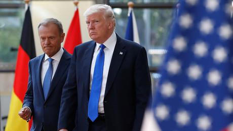 US President Donald Trump walks with the President of the European Council Donald Tusk in Brussels © Francois Lenoir