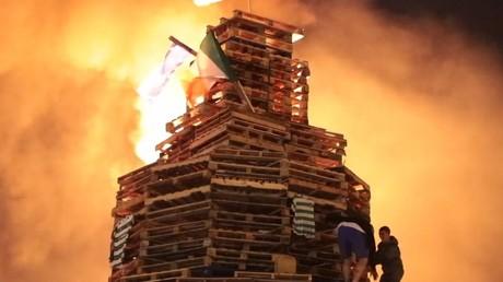 Bonfires, bus hijacking & petrol bombs rock Belfast on Eleventh Night (PHOTOS, VIDEOS)