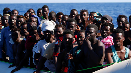 MIgrants rescued in the Mediterranean Sea during a search and rescue operation © Tony Gentile