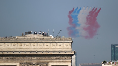 Russian meddling or World Cup hopes? Wrong French flag color at July 14 parade puzzles (PHOTOS)