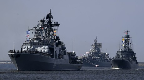 Russian Navy strengthened by 3 advanced warships & 49 Kalibr cruise missiles (PHOTOS)