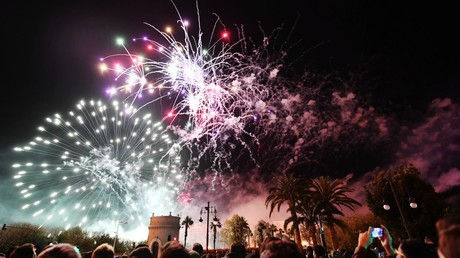 Massive firework explosion causes injuries & damage at Spanish fiesta (VIDEO)