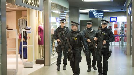 Criminals could sneak through UK border under 'calamitous' no-deal Brexit outcome, MPs warn