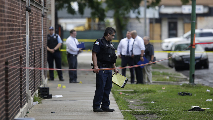 Chicago endures early morning bloodbath with 30 people shot in 3 hours