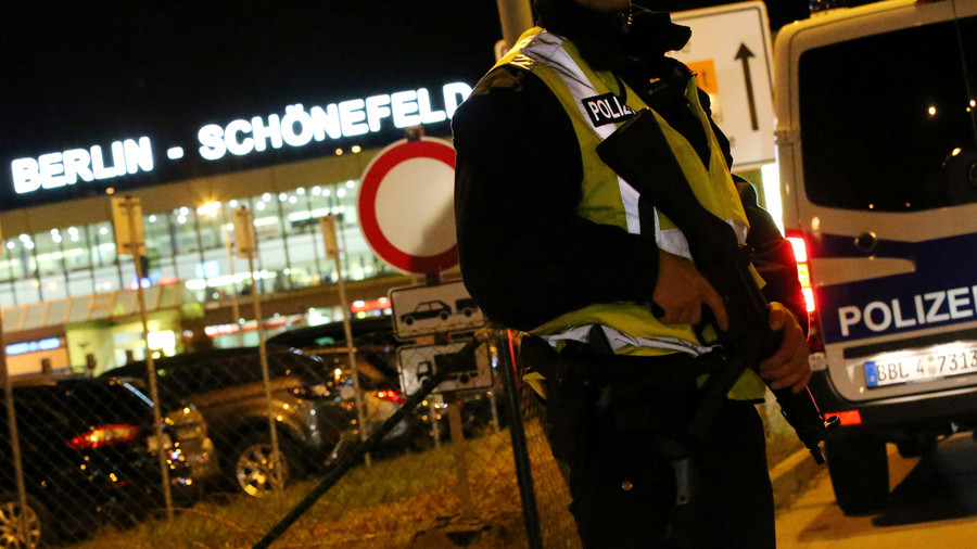 Vibrator in luggage sparks bomb scare, shuts down Berlin airport
