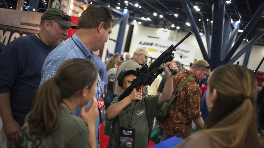 100,000 rounds of ammo & several rifles stolen at US gun show