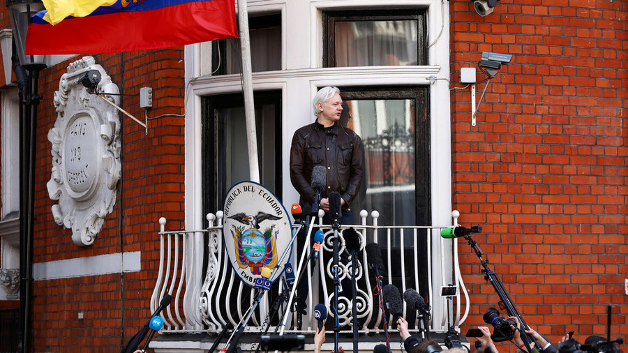 United States asks Assange to front probe into alleged Russian interference