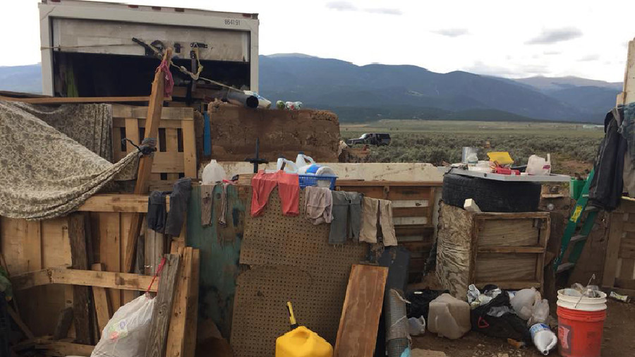 New Mexico compound littered with ammunition, dirty diapers