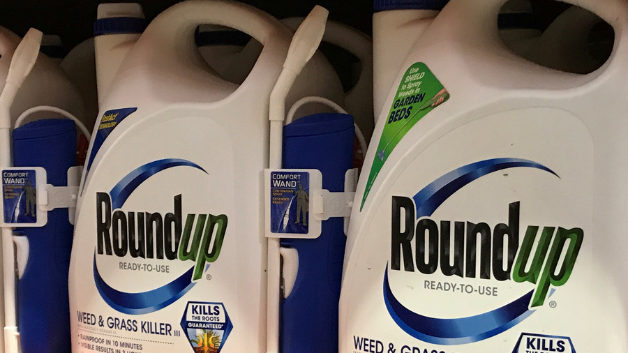 Jury awards $440m to US man who blames Monsanto's Roundup for cancer