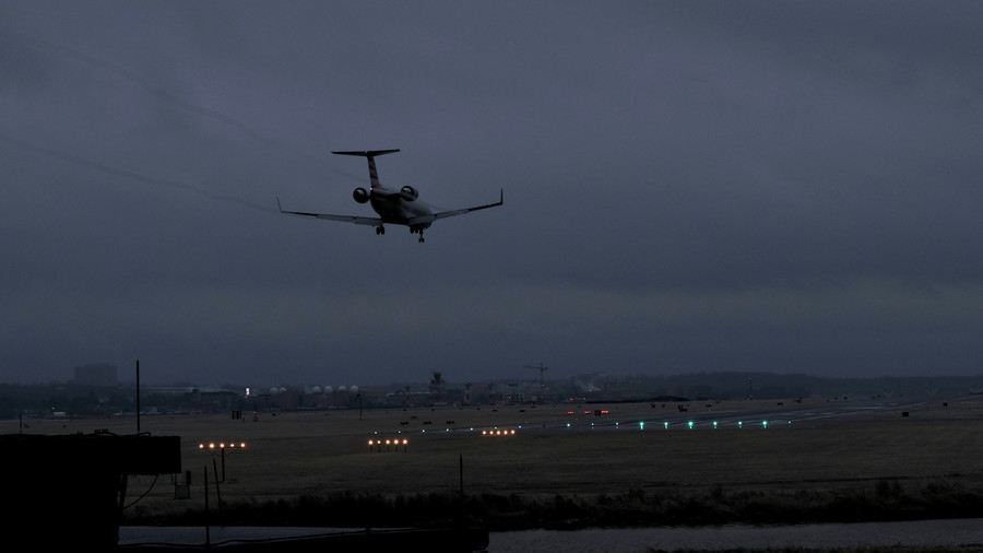 Power outage holds flights at Reagan National Airport, Washington DC (PHOTOS, VIDEOS)